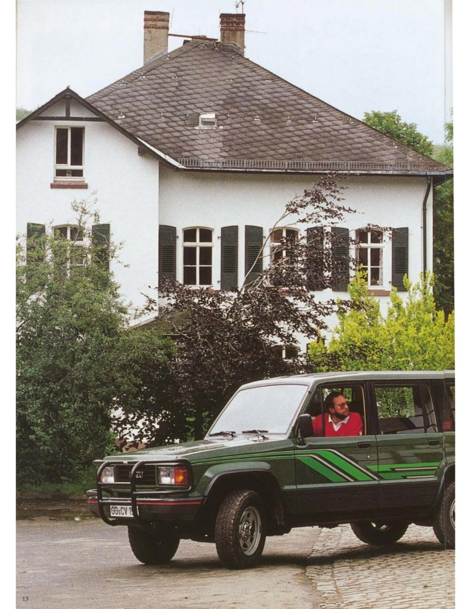 Isuzu Trooper 1988_Page14.jpg